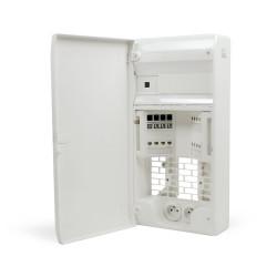 Tableau de communication avec brassage & emplacement routeur  Cat 5E OHMTEC